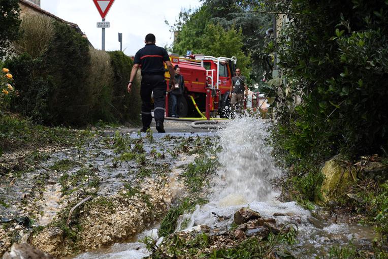 Intempéries: neuf départements en alerte orange dans le Sud
