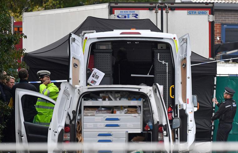 Royaume-Uni : 39 corps découverts dans un camion près de Londres
