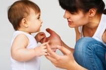 Les bébés bilingues: ni petits génies ni vraiment en retard pour parler