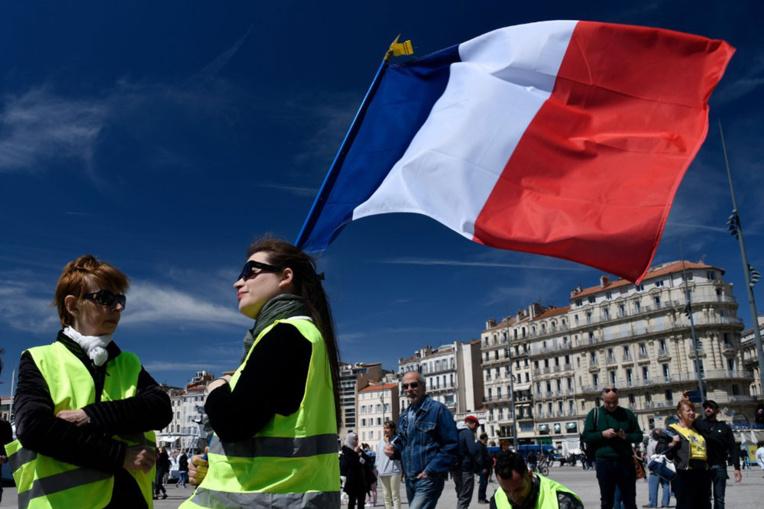 """L'assemblée des """"gilets jaunes"""" appelle à rejoindre la grève du 5 décembre"""