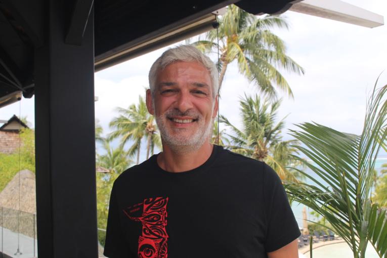 DJ Éric Kaufmann, vivre et laisser sourire