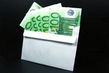 Allemagne: 190.000 euros distribués anonymement dans des enveloppes