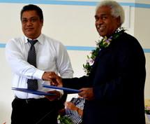Le Congrès de Nouvelle-Calédonie et le Groupe Mélanésien Fer de Lance signent un accord