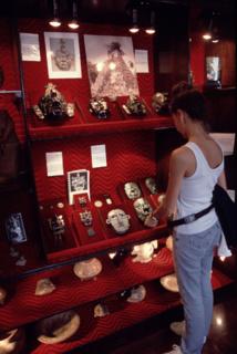 A Antigua, les vitrines des bijouteries regorgent de reproductions anciennes et de bijoux en jadéite.