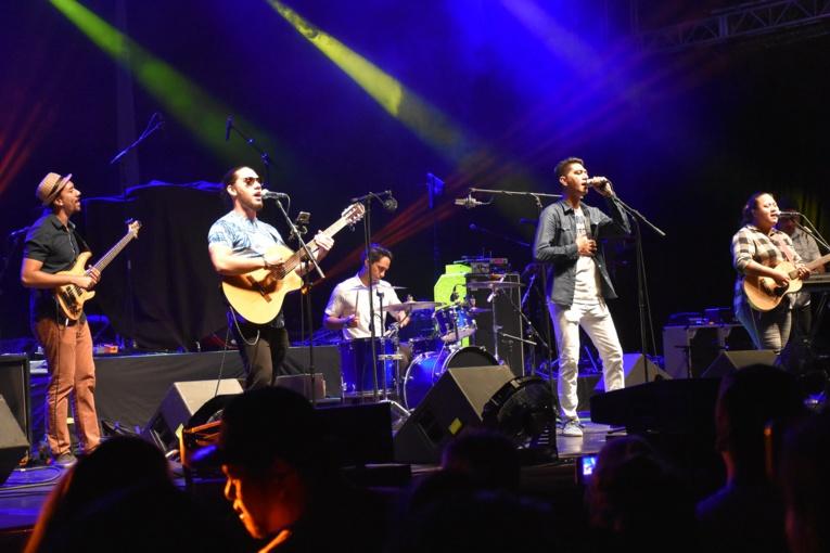 Le groupe Eono a assuré la première partie du concert.