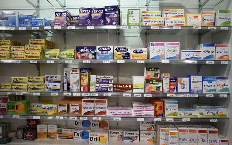 Mal de gorge bénin: gare aux risques allergiques causés par certains médicaments