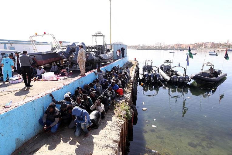 La France renonce à la livraison controversée de six bateaux à la Libye
