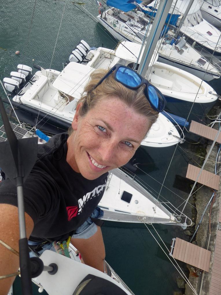 Diane Jüllich est rentrée en Polynésie en août après 2 ans et demi d'aventures en mer, qu'elle a raconté en blog, en vidéo et dans un livre. Elle devrait repartir bientôt.