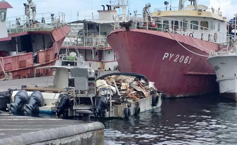 Le voilier abandonné de Moorea totalement démantelé