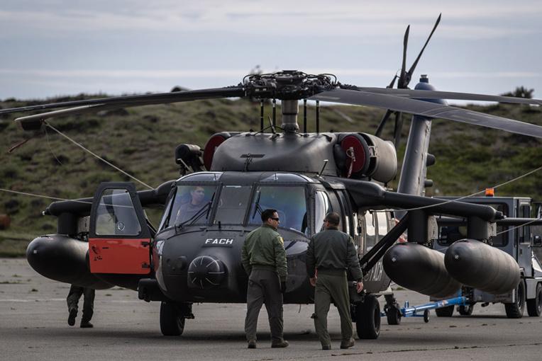 Disparition d'un avion militaire chilien: des restes des victimes retrouvées en mer