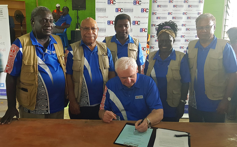 """Papouasie-Nouvelle-Guinée: encore du """"travail"""" jusqu'à l'indépendance de Bougainville, selon le Premier ministre"""