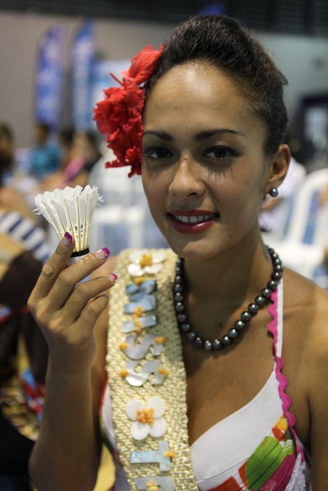 Miss Tahiti pour la remise des prix !