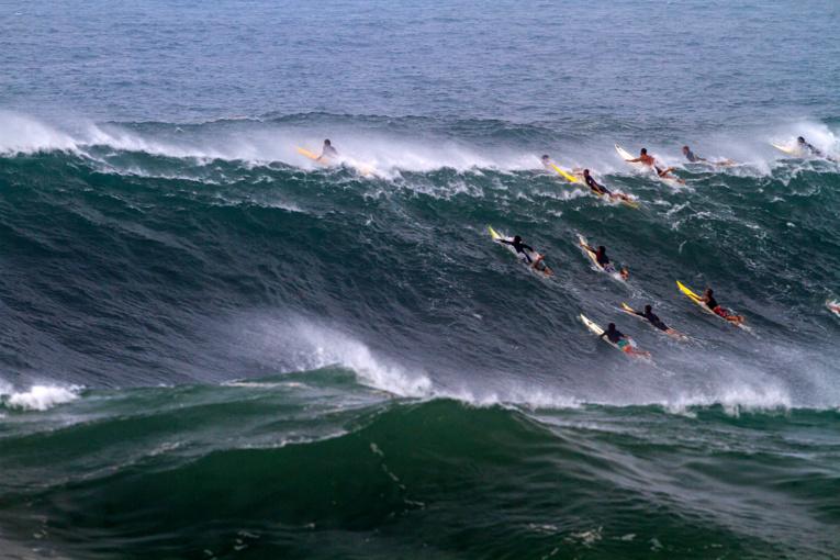 La compétition sera lancée dès que les vagues seornt de plus de six mètres