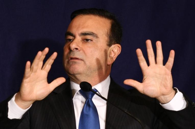 """Carlos Ghosn, en fuite au Liban, se dit prêt à parler """"librement"""""""