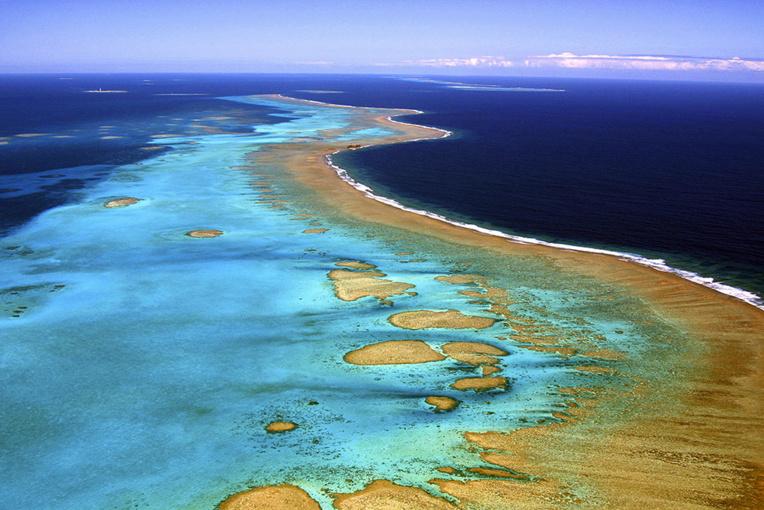Nouvelle-Calédonie: quatre morts dans le crash d'un avion de tourisme