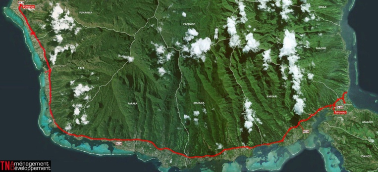 """Le """"tracé"""" abandonné de Route du sud prévoyait de relier la Punaruu à Taravao, sur une distance de 43 kilomètres par une route de dégagement à quatre voies aménagée en fond de plaine, au pied des montagnes, sur une emprise de 60 mètres, talus inclus."""