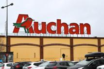 """Auchan annonce la suppression de 517 emplois pour """"transformer"""" son modèle"""