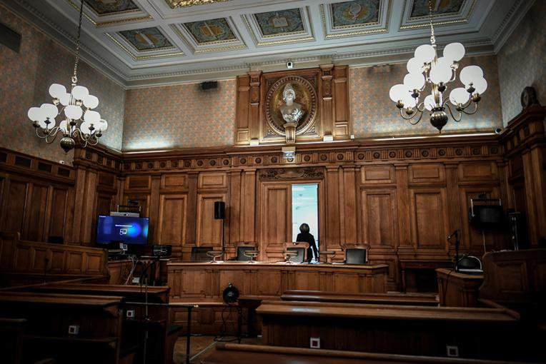 Deux frères jugés en appel pour avoir tué un retraité avec un sabre pour 110 euros