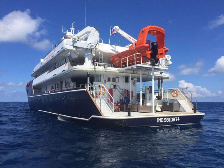 Le French Polynesia Master est spécialisé dans les safaris de plongée en Polynésie française. Il mesure 46 mètres et peut embarquer jusqu'à 36 personnes.