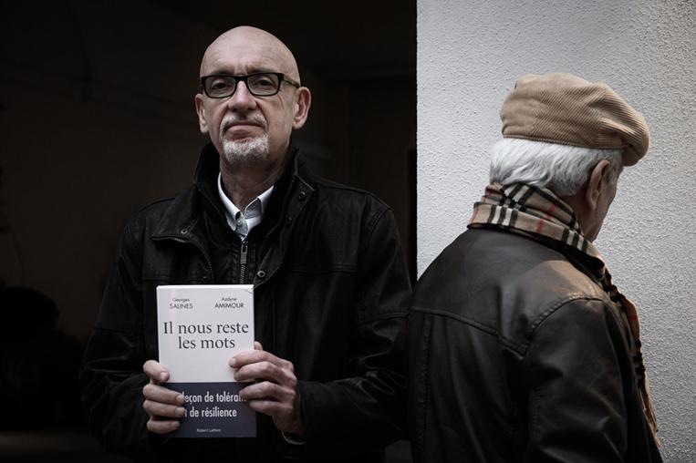 """""""Il nous reste les mots"""": dialogue entre les pères d'un tueur et d'une victime du Bataclan"""