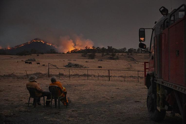 Australie: la pluie est tombée sur les feux, faisant le bonheur des pompiers et des fermiers