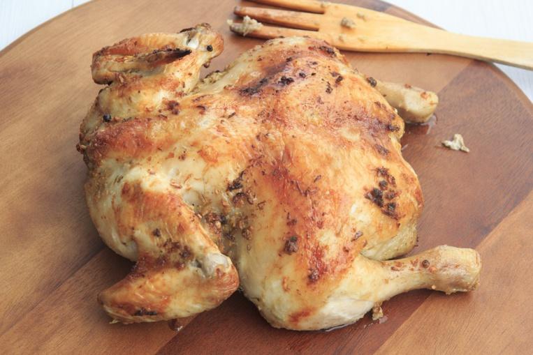 Un poulet bio importé de métropole vendu 51 euros en Outre-mer provoque l'indignation