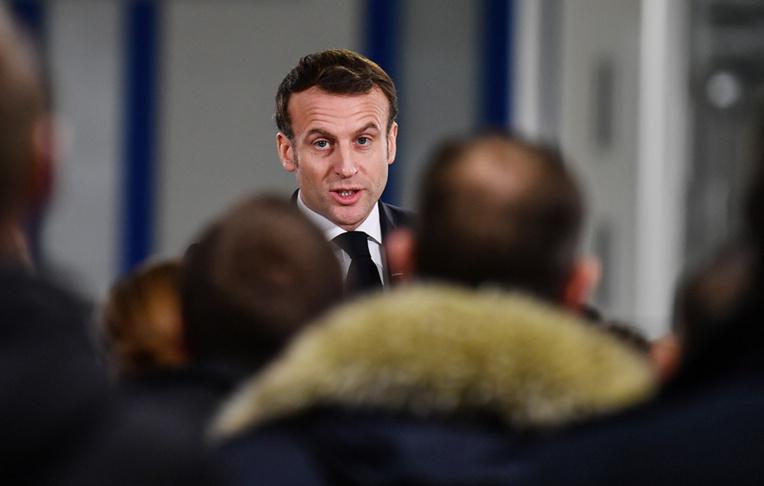 Dunkerque: un avocat brièvement interpellé avant la visite d'Emmanuel Macron