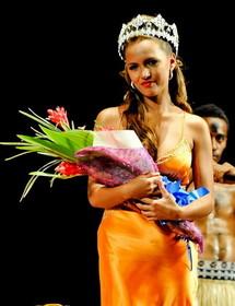 Torika Watters débarquée de son titre de Miss Fidji candidate pour Miss Monde 2012