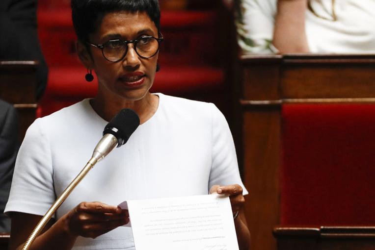 """L'ex-ministre Ericka Bareigts présidera la commission d'enquête sur le """"moustique tigre"""""""