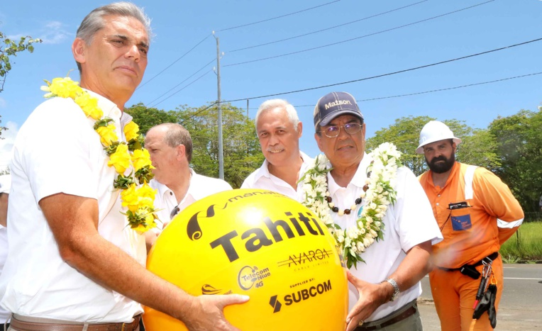 Le câble Manatua connecté à Tahiti