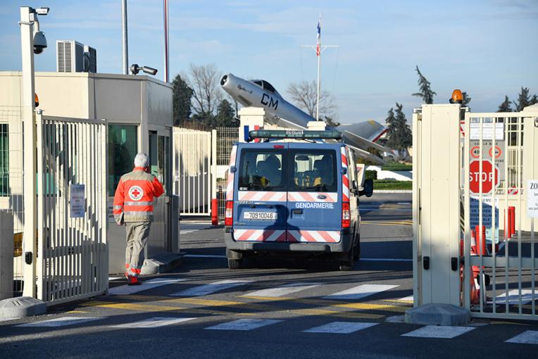 Coronavirus: un équipage d'Air France va rester au sol après un vol avec un malade