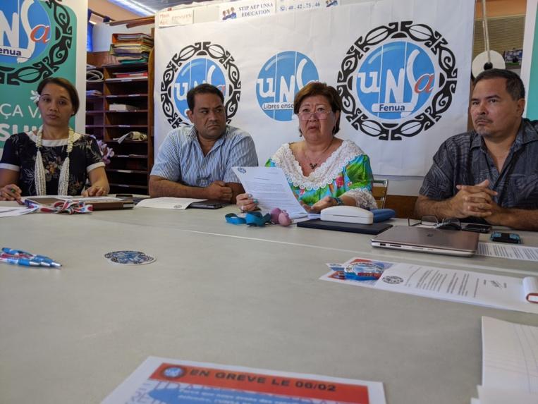 Après avoir déposé un préavis de grève le 30 janvier, l'Union nationale des syndicats autonomes fenua met sa menace à exécution en pleine visite de la ministre des Outre-mer, Annick Girardin.