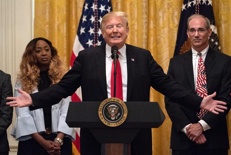 Après un discours clivant, Trump se prépare à l'acquittement
