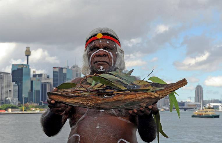 Prévention des feux en Australie: le savoir ancestral aborigène plebiscité