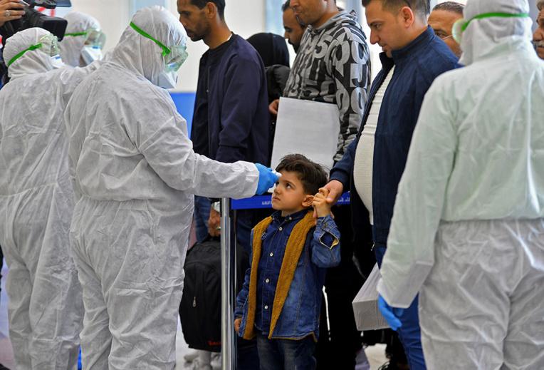 Les cas de coronavirus se multiplient au Moyen-Orient, quatre morts en Iran
