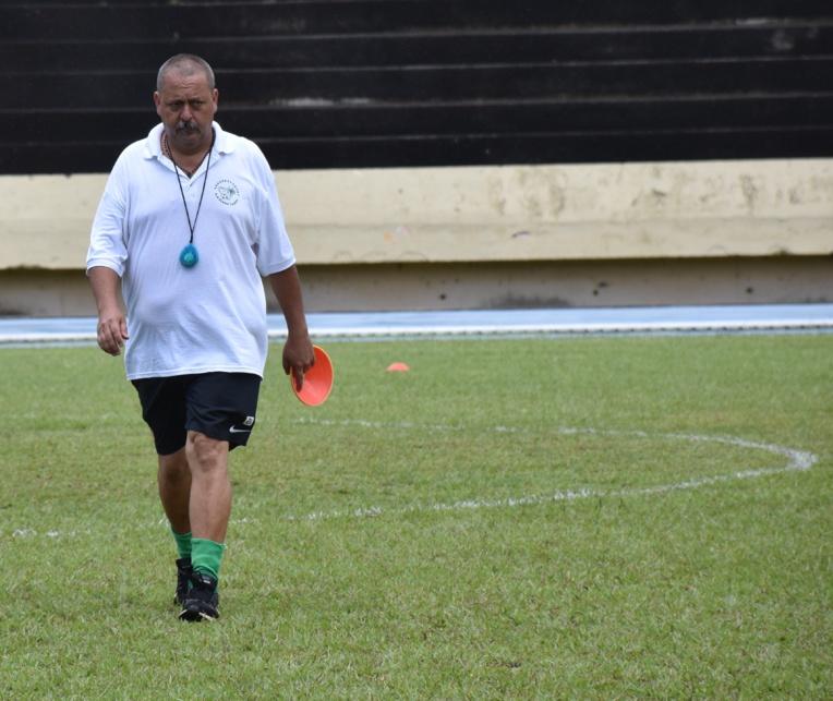 Vatea Terai, 50 ans, est l'entraineur de Tiare Tahiti depuis six ans maintenant.