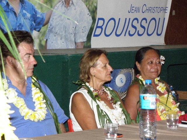 Jean-Christophe Bouissou rassemble 180 convives à Punaauia