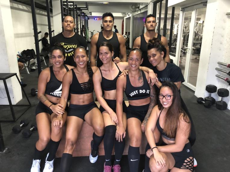 Nancy Vongue (deuxième en partant de la gauche) et Heiva Ah-Min (deuxième rang au centre) seront les capitaines du team Xtrem Gym pour le West Coast Classic.