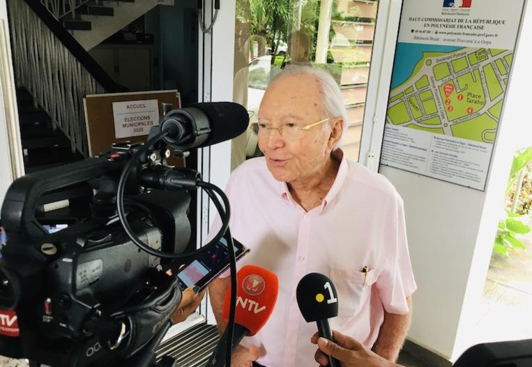 Flosse dépose sa liste malgré sa non inscription à Papeete