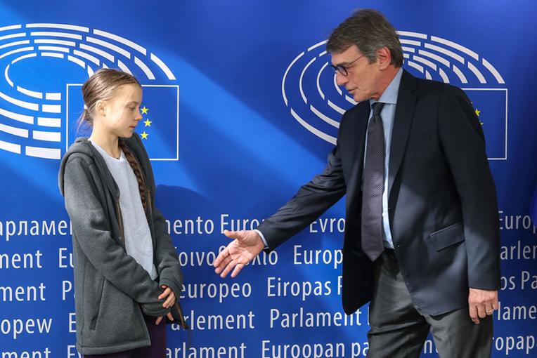"""Bruxelles présente sa """"loi climat"""", désavouée par Greta Thunberg"""