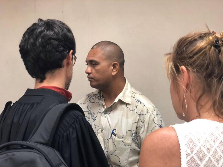 Karl Anihia, le président de l'association Tahiti Herb Culture, au palais de justice de Papeete lundi.