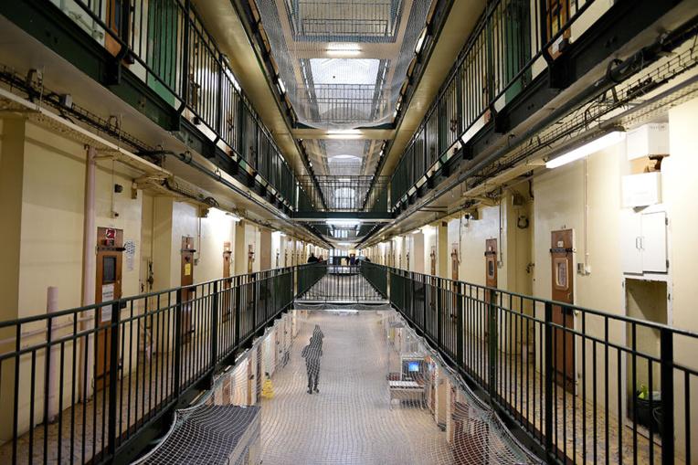Coronavirus: la contrôleure des prisons et des associations appellent à réduire la population carcérale