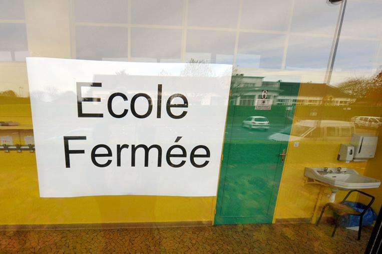 Coronavirus: fermeture des écoles, bars et restaurants en Nouvelle-Calédonie