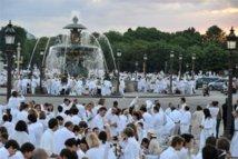 Dîner en blanc : 11.000 participants jeudi dans un lieu public...et secret