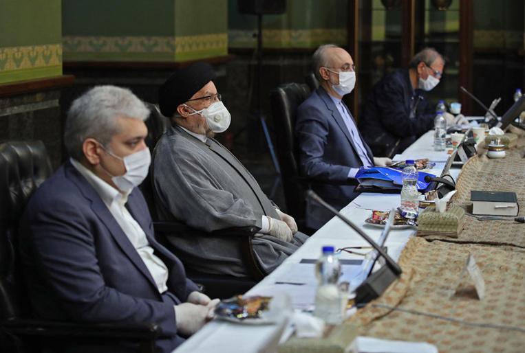 Face au Covid-19, l'Iran penche finalement vers la quarantaine