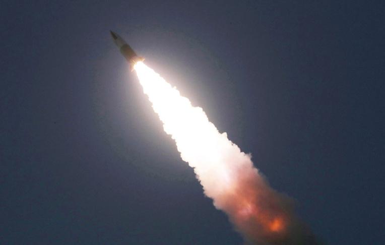 La Corée du Nord tire de nouveaux projectiles en mer du Japon