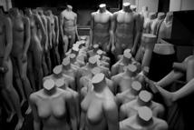 Argentine: un voleur se fige au milieu de mannequins pour tromper la police