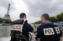 Photo : Des policiers de la brigade fluviale de Paris