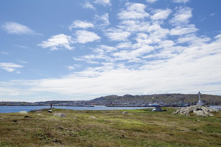 """Saint-Pierre et Miquelon: un """"porteur sain"""", premier cas avéré de Covid-19"""