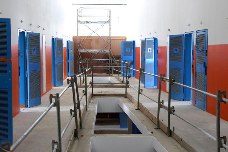 La justice ordonne au centre pénitentaire de Martinique de fournir des masques aux détenus